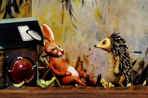 Hase und Igel, Moussong Theater mit Figuren