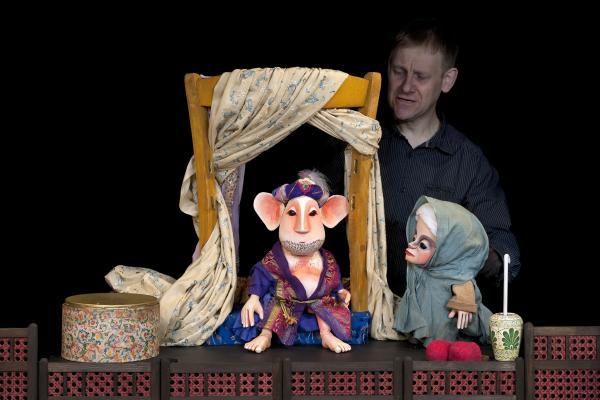 Moussong Theater mit Figuren, Der kleine Muck